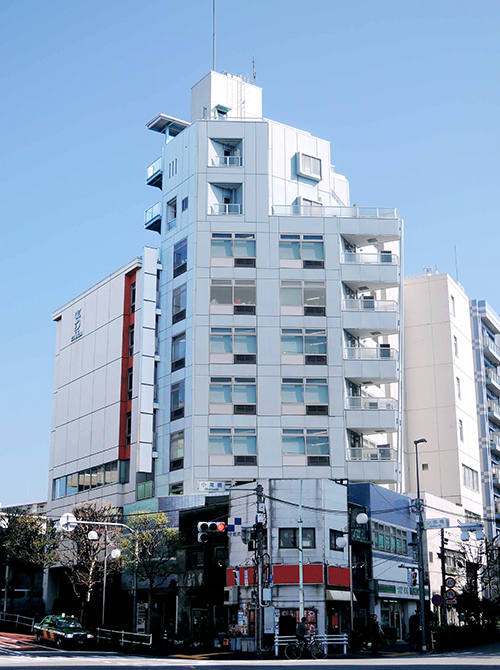 新宿ユーエスト